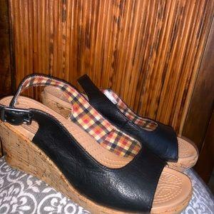 Crocs cork heel sandals size 7